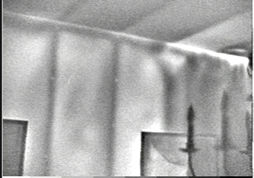 Infrared image showing thermal bridges and air leakage